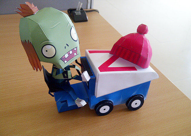 zomboni-plants-vs-zombies-1 -kit168.com
