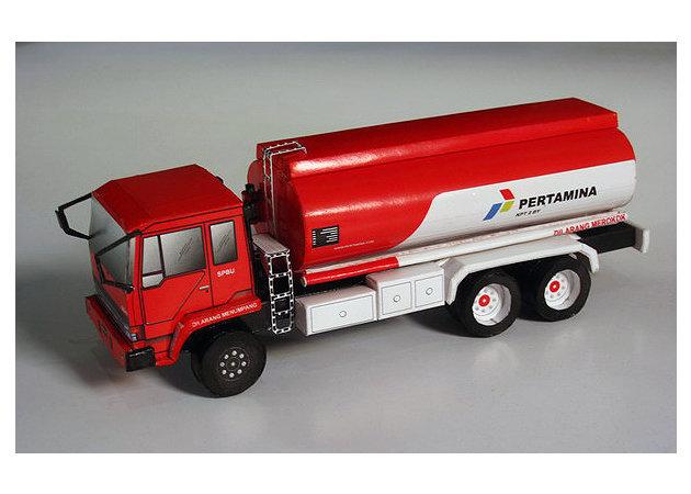 mitsubishi-fuso-fn-517-ml2-pertamina-oil-truck-2 -kit168.com