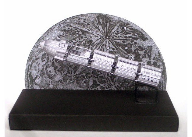 the-space-shuttle-of-de-la-terre-la-lune -kit168.com