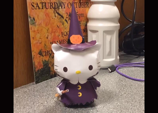 hello-kitty-dressed-like-a-witch-halloween -kit168.com
