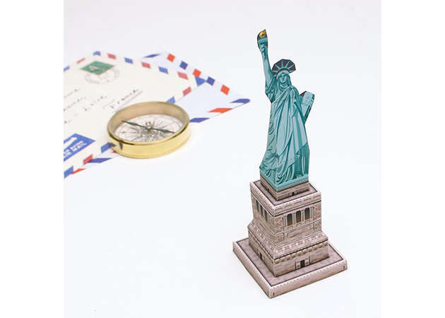 mini-statue-of-liberty-usa-2-kit168-com