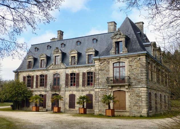 chateau-de-tronjoly-ville-de-gourin-1-kit168.com